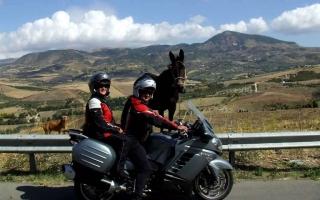 motoexplora-viaggio-in-sicilia-tour-dei-laghi-07