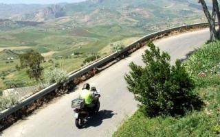 motoexplora-tour-legalita-20